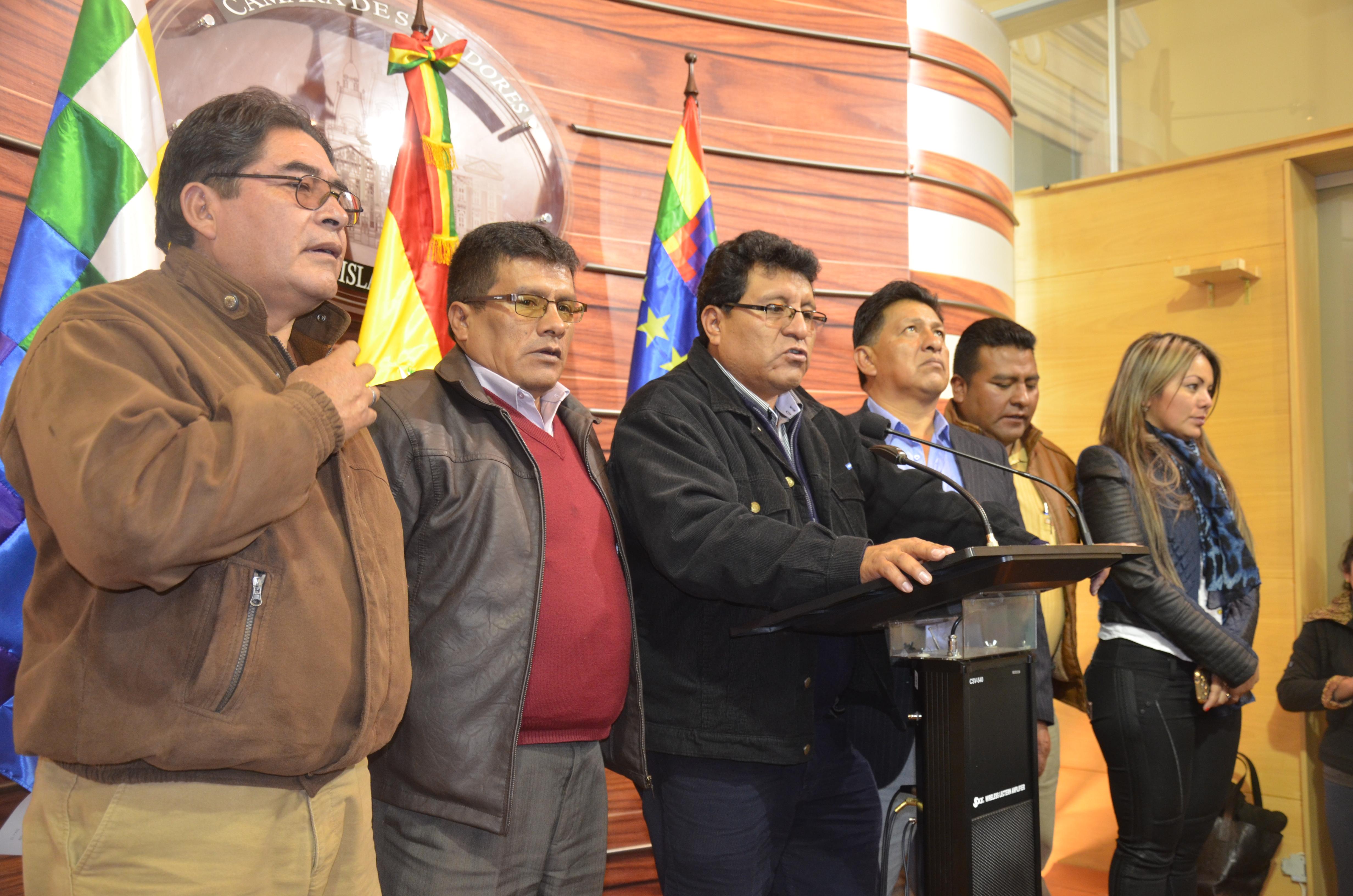 Morales promulgará Ley de Regularización de Derecho Propietario en el 32 Aniversario de la CONALJUVE Bolivia