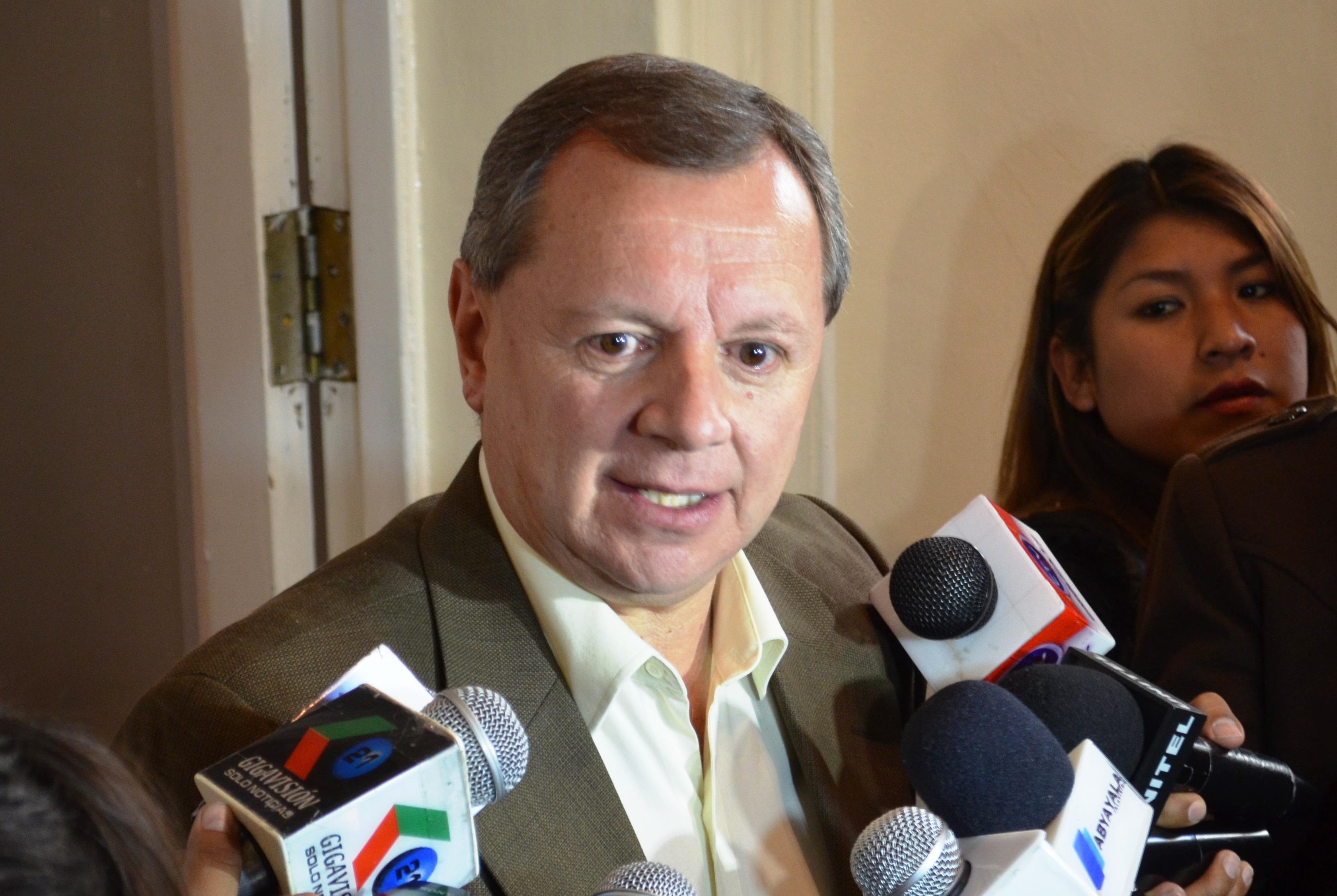 Gonzales destaca reducción de cultivos de hoja de coca en el gobierno de Morales