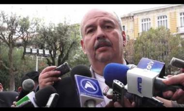 Embedded thumbnail for Gonzales califica de nuevo prochileno al senador Arturo Murillo