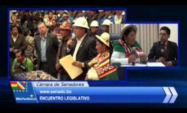 Embedded thumbnail for Encuentro Legislativo - 29 de octubre de 2015 Part. 1