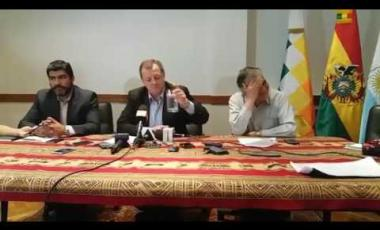 Embedded thumbnail for 2 Gonzales informa sobre visita de la comisión boliviana a Buenos Aires - Argentina